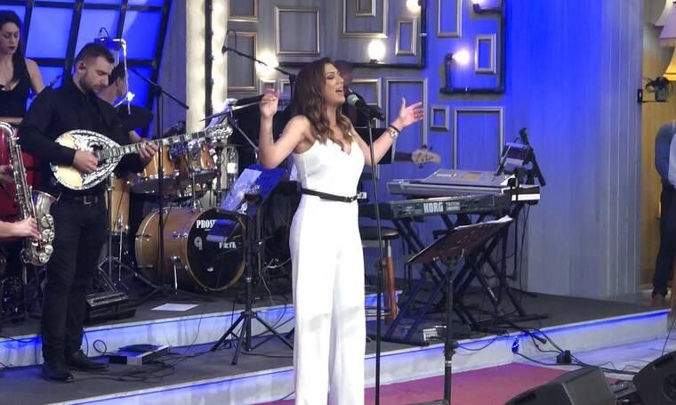 Νταντά: Εντυπωσίασε με την ερμηνεία της στην εκπομπή «Στα τραγούδια λέμε ναι» (Photos+video)