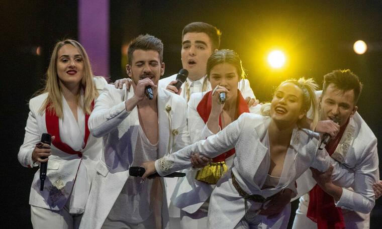 Eurovision 2019: Μαυροβούνιο: H ερυθρόλευκη εμφάνιση με τις χρυσές λεπτομέρειες (photos+vid)