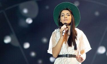 Eurovision 2019: Λετονία: Ακίνητη η τραγουδίστρια στη σκηνή (photos+video)