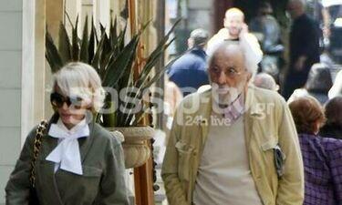Καλογρίδη-Λυκουρέζος: Μαζί βόλτα στο κέντρο της Αθήνας (photos)
