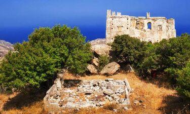 Το μοναστήρι και ο Πύργος της Αγιάς στη Νάξο