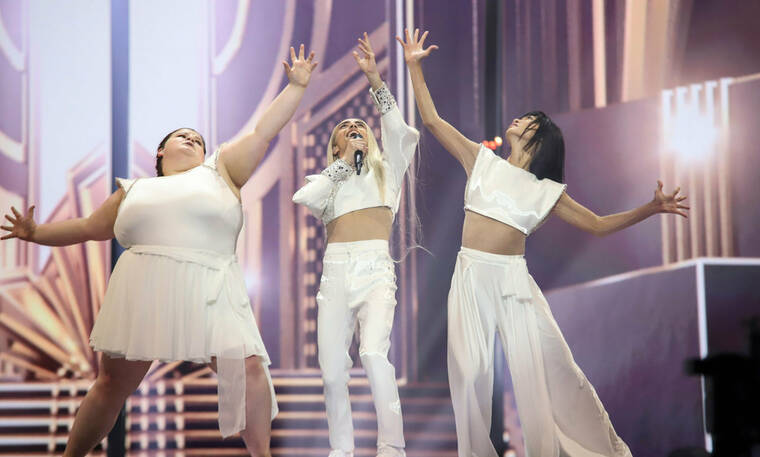 Eurovision 2019: Γαλλία: Η ευτραφής μπαλαρίνα, η κωφή χορεύτρια και ο Hassani (Vid & Photos)