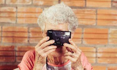 Αυτή είναι η πιο hot γιαγιά στον κόσμο- Θα πάθετε πλάκα (photos)