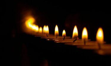 Δεν πρέπει να θρηνούμε για τους νεκρούς, αλλά να προσευχόμαστε…