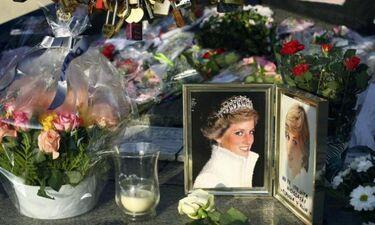 Το Παρίσι τιμάει την Diana - 22 χρόνια από τον θάνατό της