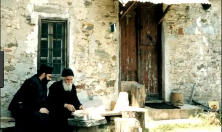 Παναγούδα : Κελί του Οσίου Παϊσίου του Αγιορείτου..ΕΙΚΟΝΕΣ-ΒΙΝΤΕΟ |  Gossip-tv.gr