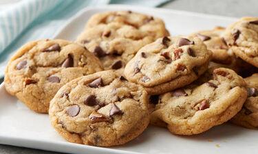Ο Γιώργος Τσούλης φτιάχνει μοναδικά Choc Chip Cookies