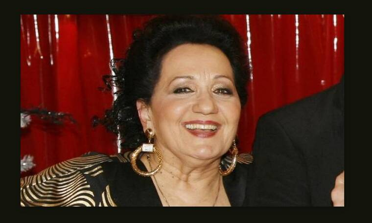 Χαρούλα Λαμπράκη: «Μπόρεσα και κράτησα καριέρα και οικογένεια»