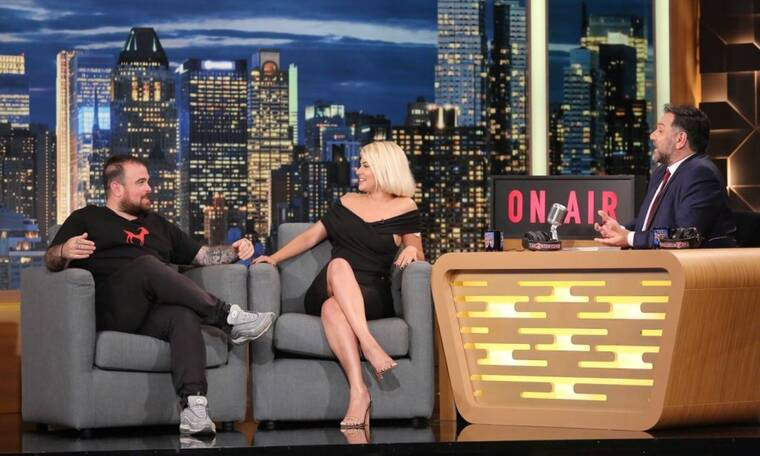 The 2night show: Η Λάουρα Νάργες στο πλατό του Γρηγόρη μιλά για όλα (Photos)