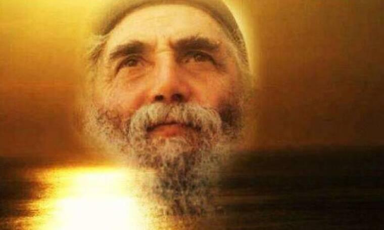 Άγιος Παΐσιος: Με αυτή την προσευχή ο Θεός θα είναι δίπλα σας!