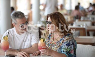 Δέσποινα Μοιραράκη: Με τον άντρα της στη Μύκονο (Photos)