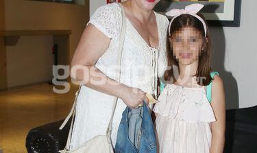 Η πιο όμορφη γιαγιά! Ελληνίδα πρωταγωνίστρια στο θέατρο με την εγγονή της! (photos)