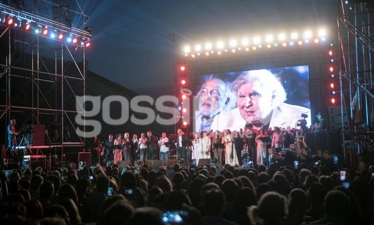 Συγκίνηση και «λαοθάλασσα» στη συναυλία προς τιμή του Μίκη Θεοδωράκη στο Καλλιμάρμαρο (photos)