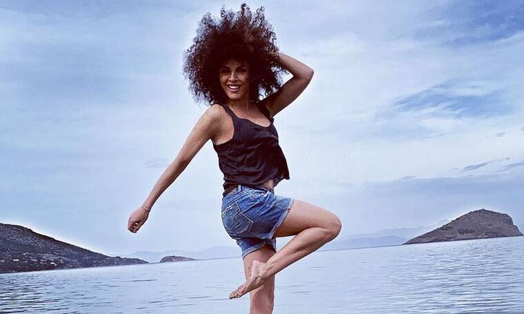 Η Μαρία Σολωμού «έριξε» το Instagram - Η αρετουσάριστη φωτό με μαγιό που πρέπει να δείτε (photos)