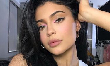 Τι σημαίνει το «LB» που γράφουν συνέχεια στο Instagram της Kylie Jenner;