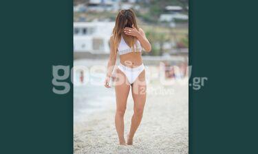 Πασίγνωστη Ελληνίδα τραγουδίστρια άναψε φωτιές στη Μύκονο με τις σέξι εμφανίσεις της! (photos)