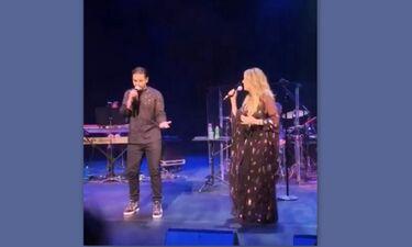 Rita Wilson - Χρήστος Μάστορας: Παρουσίασαν πρώτη φορά επί σκηνής το τραγούδι τους!