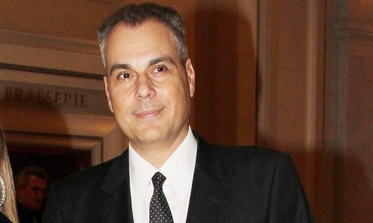 Ο Νίκος Στραβελάκης επιστρέφει στην παρουσίαση των δελτίων ειδήσεων του ΣΚΑΙ (Photos)