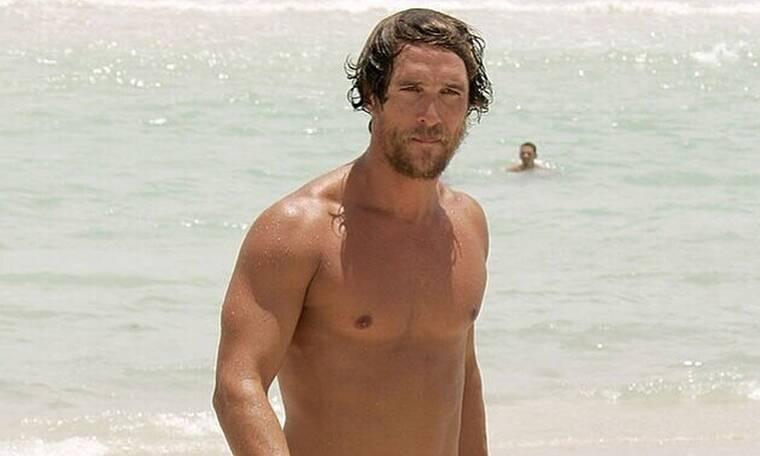 Ο Matthew McConaughey ξανά στην Ελλάδα για διακοπές (photos)