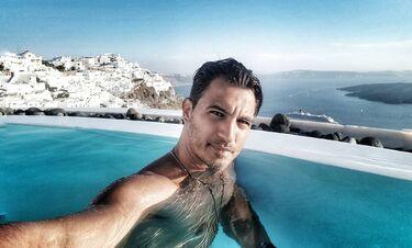 Δήμος Αναστασιάδης: Το πρώτο μπάνιο με τον γιο του (photos)