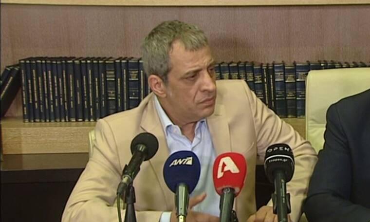 Θέμης Αδαμαντίδης: Συγκλονισμένος μετά τον ξυλοδαρμό - Νέες δηλώσεις (video)
