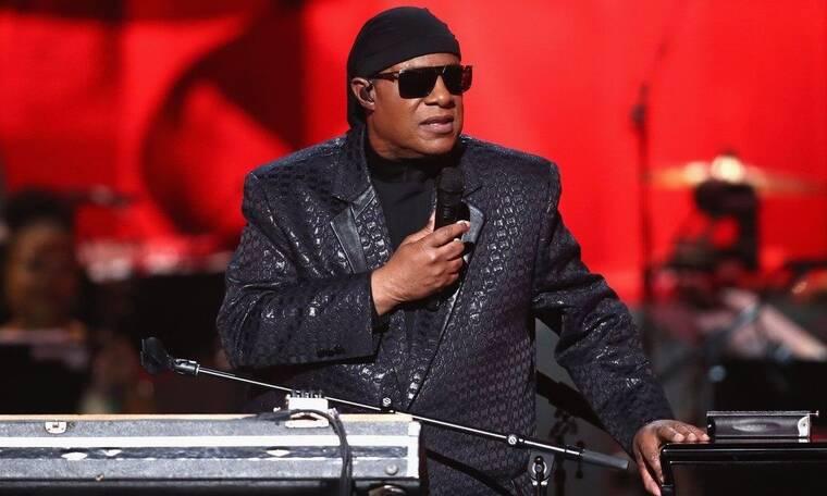 Στο χειρουργείο ο Stevie Wonder! Θα υποβληθεί σε μεταμόσχευση νεφρού (Photos)