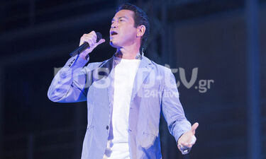 Μάριος Φραγκούλης: Η λαμπερή συναυλία του και οι celebrities που την απόλαυσαν (photos)