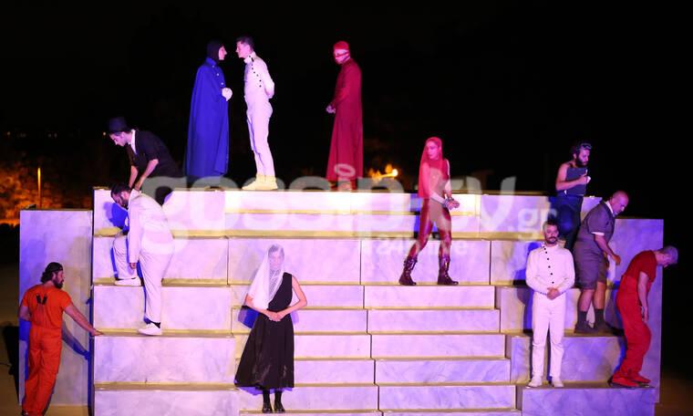 Πλήθος επωνύμων στην παράσταση «Όνειρο καλοκαιρινής νύχτας»  (Photos)