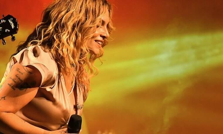 Αυτός είναι ο λόγος που ακυρώθηκε η συναυλία της Ελεονώρας Ζουγανέλη στη Δραπετσώνα (video)