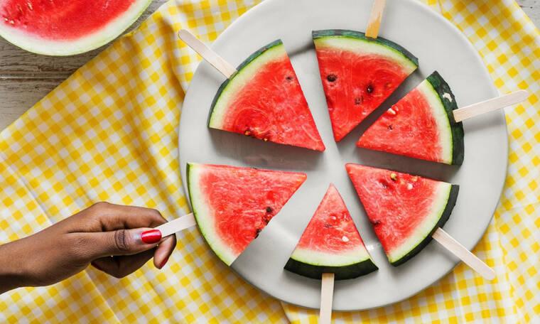 10 εύκολοι τρόποι για να απολαύσεις το καρπούζι σου αυτό το καλοκαίρι (αλλά και κάθε καλοκαίρι!)