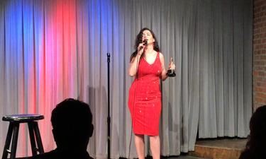 Δέσποινα Μοίρου: Κέρδισε το «οσκαρικό» βραβείο καλύτερης κωμικής ηθοποιού στο Hollywood (pics)