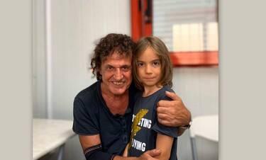 Παπακωνσταντίνου: Η τεράστια αγκαλιά στον μικρό Στέλιο Κερασίδη– Θα λιώσετε με το διάλογό τους!