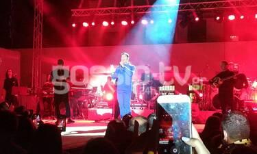 Το αδιαχώρητο στη συναυλία του Μαζωνάκη στη Σαντορίνη (exclusive photos+videos)