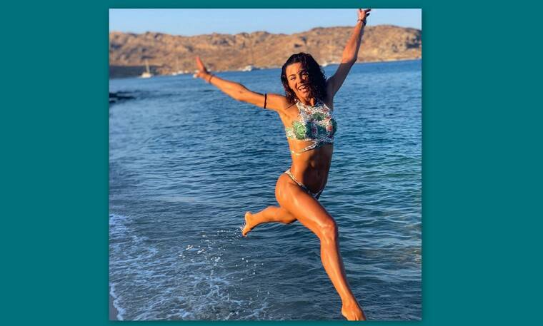 Ειρήνη Παπαδοπούλου: Σκέτη απόλαυση με το hot… μαγιό της (Photos)