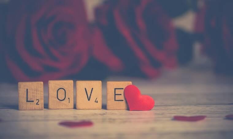 Το ερωτευμένο ζευγάρι στην Κύθνο και το «κρυφτούλι» από τη δημοσιότητα (photos)