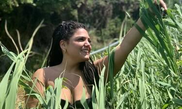 Δανάη Μπάρκα: Η κόρη της Βίκυς Σταυροπούλου ποζάρει με μαγιό! Το μήνυμα όλο νόημα (Photos)
