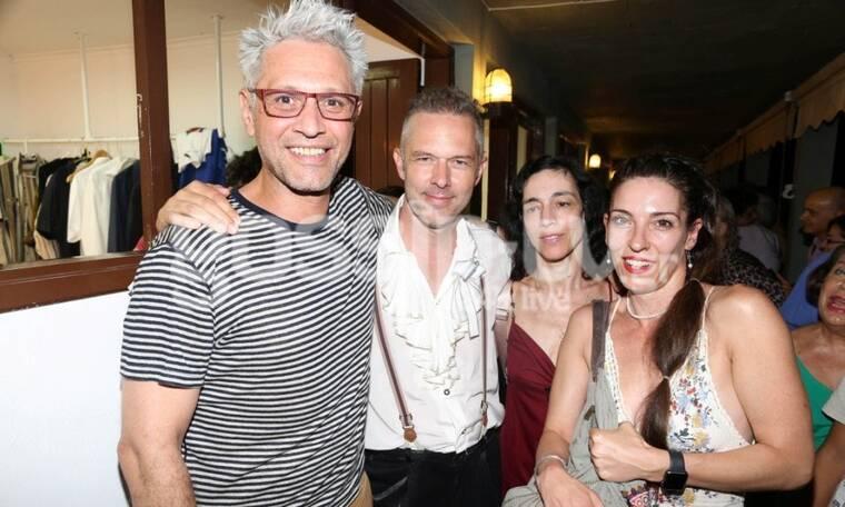 Αιμίλιος Χειλάκης – Αθηνά Μαξίμου: Θεατρική βραδιά για το αγαπημένο ζευγάρι (Photos)