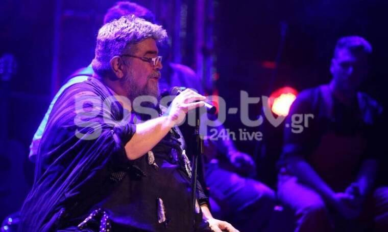 O Κραουνάκης απαντά πρώτη φορά για το επεισόδιο στη συναυλία του: «Ειλικρινά πολύ λυπάμαι» (Photos)