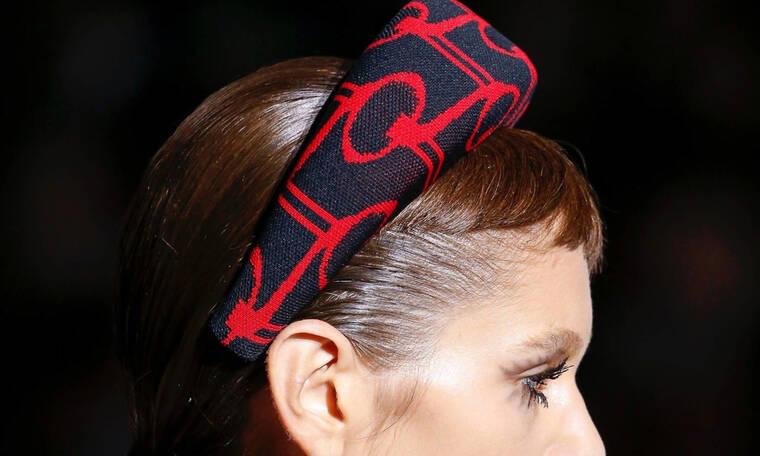 Επενδεδυμένα φουλάρια: Αυτό είναι το νέο trend του καλοκαιριού για τα μαλλιά σου