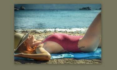 Κι όμως αυτό το υπέροχο κορμί ανήκει σε Ελληνίδα ηθοποιό (photos)