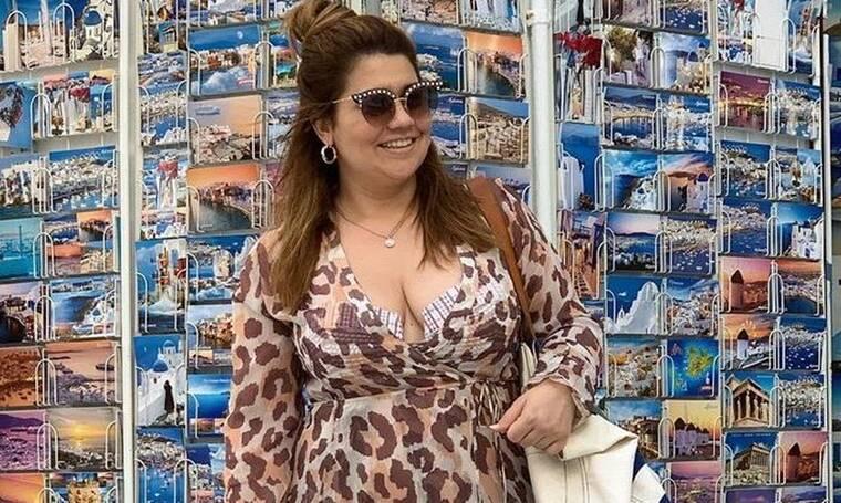Η Μαριέλλα Σαββίδου χωρίς ρετούς! Ποζάρει με μπικίνι και είναι το απόλυτο θηλυκό! (Photos)