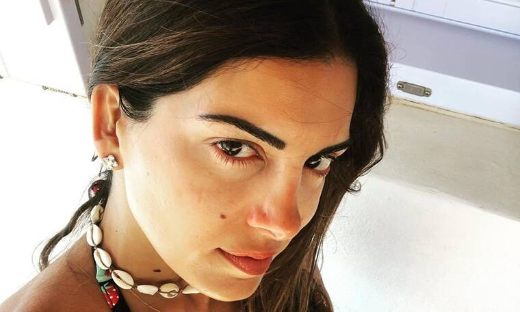 Τσιμτσιλή: Ποζάρει με σέξι μαγιό - Μόλις διαπιστώσαμε πόσο γυμνασμένη είναι (Photos)