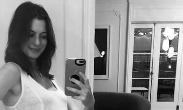 Anne Hathaway: Πρώτη δημόσια εμφάνιση με φουσκωμένη κοιλιά (photos)