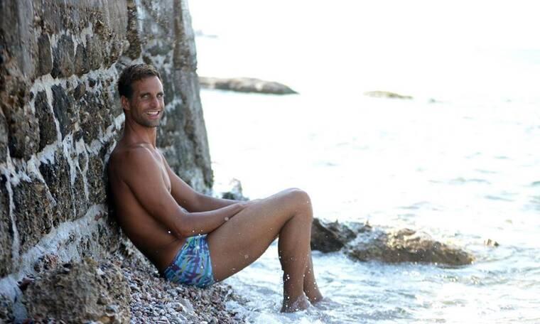 Γιάννης Δρυμωνάκος: Αποκάλυψε τον περίεργιο τρόπο με τον οποίο χαλαρώνει (photos)