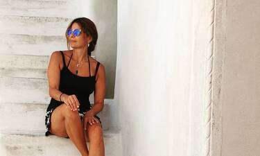 Πόπη Τσαπανίδου: Τα καλλίγραμμα πόδια της κλέβουν τις εντυπώσεις (photos)