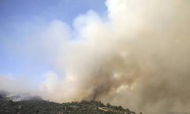 Φωτιά ΤΩΡΑ: Γιατί μυρίζει καμένο όλη η Αθήνα