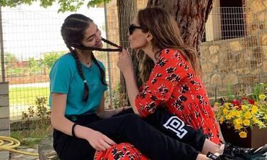 Δέσποινα Βανδή:Η Μελίνα μεγάλωσε και δεν σταματάει ν' ανεβάζει στιγμές μαζί της στο Instagram (pics)