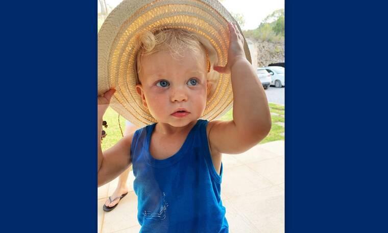 Το πιο πολυφωτογραφημένο μωρό του Instagram και γιος πασίγνωστης star κάνει διακοπές (photos)