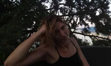 Δημητρακοπούλου: Την εντοπίσαμε στις διακοπές της λίγο πριν την πρεμιέρα του Λόγω Τιμής (exclusive)