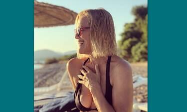 Κωνσταντίνα Μιχαήλ: Δείτε την 52χρονη ηθοποιό με μπικίνι και θα τρίβετε τα μάτια σας (Photos)